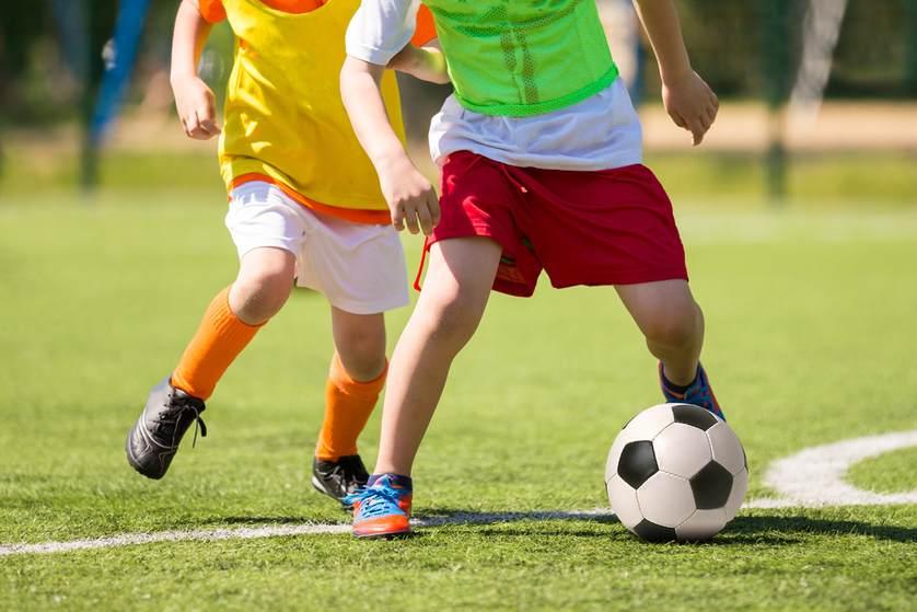 d557d3de5 Futbalový klub mládeže Devínska Nová Ves príjma nové deti do svojich  futbalových teamov, chlapci a dievčatá sa môžu tešiť na super kolektív, ...